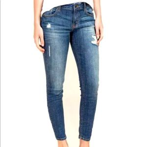 Eunina AVA Medium Wash Distressed Skinny Jeans 25